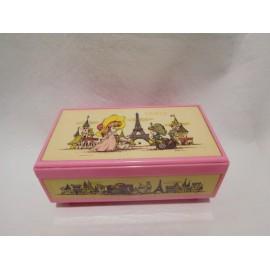 Caja de música. Cajita de música joyero en rosa.  Lady Mate. Japón. Años 70-80