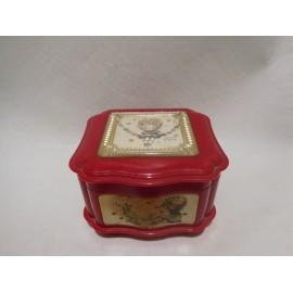 Caja de música. Cajita de música joyero en rojo. Sanyo. Japón. Años 70-80