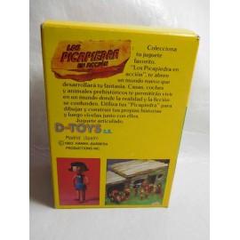 Caja con figuras de Los Picapiedras Betty de D toys años 80