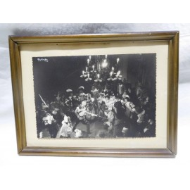 Fotografía de Gyenes años 50 Teatro Español obra Cyrano de Bergerac. Año 1955 con firma Jose Tamayo