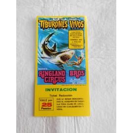 Preciosa entrada Circo Ringland Bros Circus Tiburones vivos. 1977.