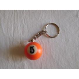 Llavero bola de billar naranja numero 5. Años 80
