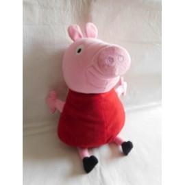 Peluche grande para abrazar de Pepa Pig.