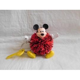 Llavero de Mickie en forma de pon pon en goma y pvc.