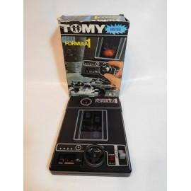 Antigua maquina maquinita Tomy electrónica y analógica de formula I. Perfecta con caja