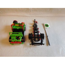 Jeep o buguis de color verde + remolque para motos Playmobil