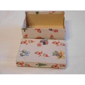 Bonita caja años 40-50 con motivos navideños, posiblemente de adornos navideños. Preciosa, una joya.