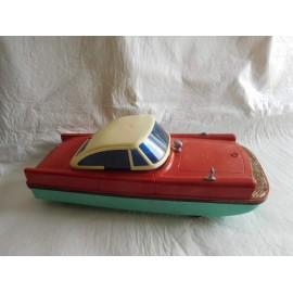Anfibio coche a pilas de Jyesa. Años 50 en caja original.