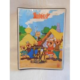 Antigua carpeta años 80 de Enri de Asterix y Obelix tamaño Cuartilla.