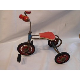 Antiguo triciclo años 40-50. Original. Fabricación Española.