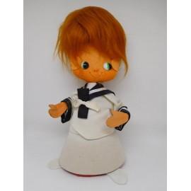 Muñeco años 60 en fieltro vestido de Comunión.