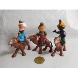 Reyes Magos con camellos. Años 60. Cabezones. Hermanos Pech.