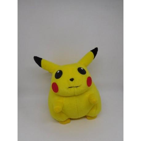 Peluche Pokemon Nintendo de Pikachu. Original. Año 2000