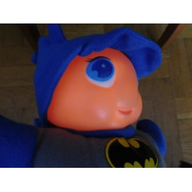 Muñeco Gusiluz edición Batman. Funcionando.