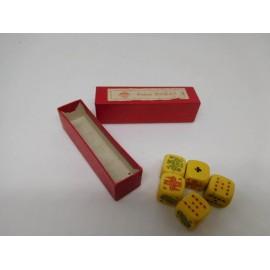 Caja de dados Poker Inglés en marfil o hueso. Años 40-50. Una joya.