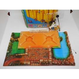 Exin Castillos nº 1 en caja. Completo con base y figuras. Una joya.