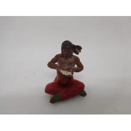 Figura indio con tambor. Goma. Años 50. Fabricado por gama. Ref 34