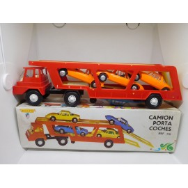 Camión Porta Coches Molto. Años 60.