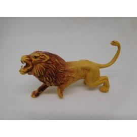 Figura en plástico de león. Pech. Años 60.