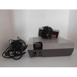 Consola Clónica Nes con 168 juegos con mando original Nintendo. Con conexiones a red y TV.