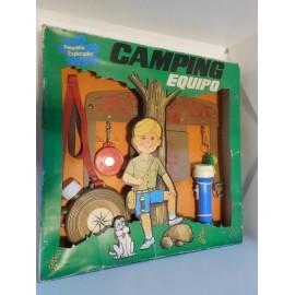 Equipo de camping años 70 de juguete.