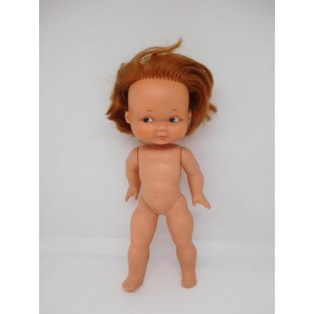 Muñeca de Famosa antigua. Desconozco nombre. Pelirroja.