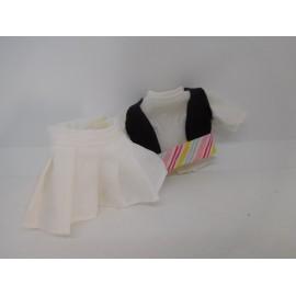 Ropita de Barriguitas original. Camisa, falda, chaleco y fajín.