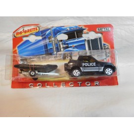 Jeep policia Majorette Coleccion Collector Jeep policia con remolque.  Blister. Nuevo