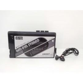 Walkman años 80 Unisef Japan con stereo para cintas y radio am y fm