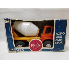 Camión Sansón de Rico de acero. En caja. Años 70-80.
