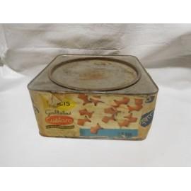 Antigua caja de galletas Cuetara en hojalata y papel con publicidad surtido y piscis. Años 60.