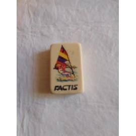 Mítica goma de borrar Factis con niño haciendo Windsurf. Años 80.