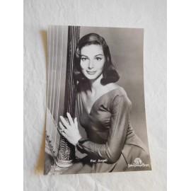 Postal actriz Pier Angeli.