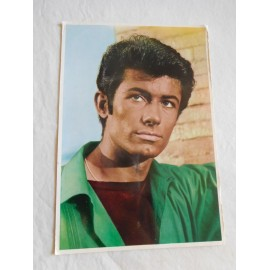 Postal del actor George Chakiris
